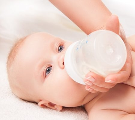 Bigger Baby Bottles Linked to Baby Weight Gain